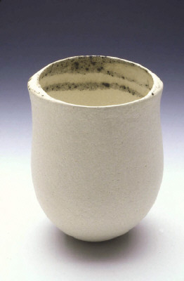 Artist: Jennifer Lee, Title: Pale pot, coned rim, speckled, 2002  - click for larger image