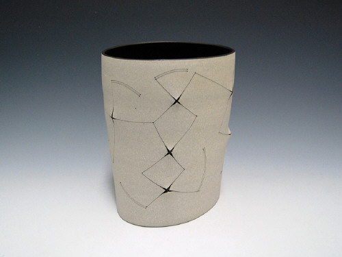 Artist: Gustavo Pérez, Title: Sin titulo (Vaso 2010-83), 2010 - click for larger image