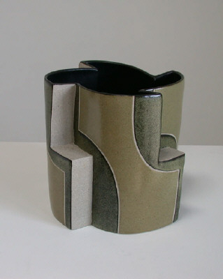 Artist: Gustavo Pérez, Title: Vaso (05-454), 2005 - click for larger image