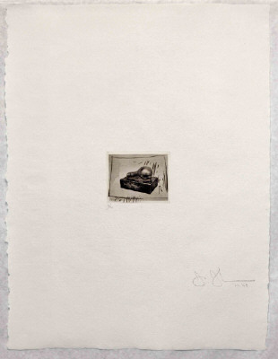 Artist: Jasper Johns, Title: Light Bulb (small), from 1st Etchings, 2nd State, 1967-1969 - click for larger image
