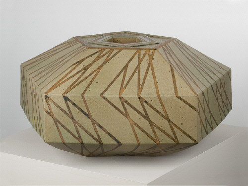 Artist: John Mason, Title: Pentagonal Vessel, 1993 - click for larger image