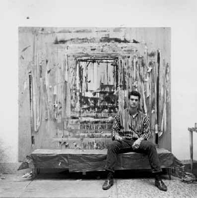 Artist: Larry Bell, Title: Photo by Jerry McMillan, 1962,  Courtesy of the Craig Krull Gallery - click for larger image
