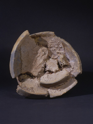 Artist: Peter Voulkos, Title: Untitled Plate, 2000 - click for larger image