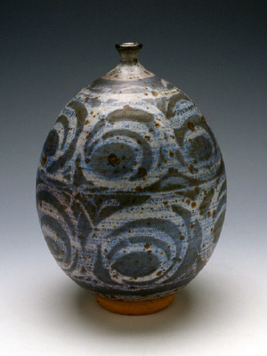 Artist: Peter Voulkos, Title: Vase with wax resist, 1953 - click for larger image