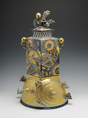 Artist: Ralph Bacerra, Title: Untitled Lidded Vessel, 2002 - click for larger image
