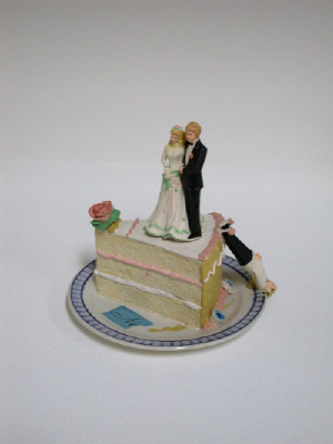 Artist: Richard Shaw, Title: Bride and Groom Teapot, 2003 - click for larger image