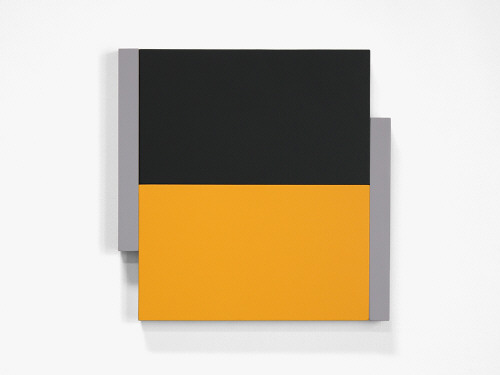 Artist: Scot Heywood, Title: Poles Black, Yellow, Gray, 2012 - click for larger image