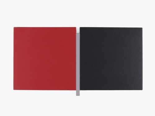 Artist: Scot Heywood, Title: Un Deux Trois Red, Gray, Black, 2006 - click for larger image